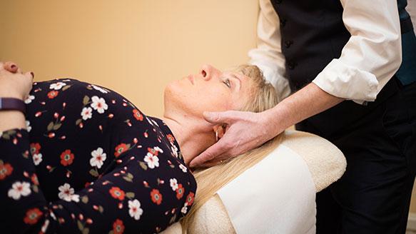 norwich chiropractor adjusting patient